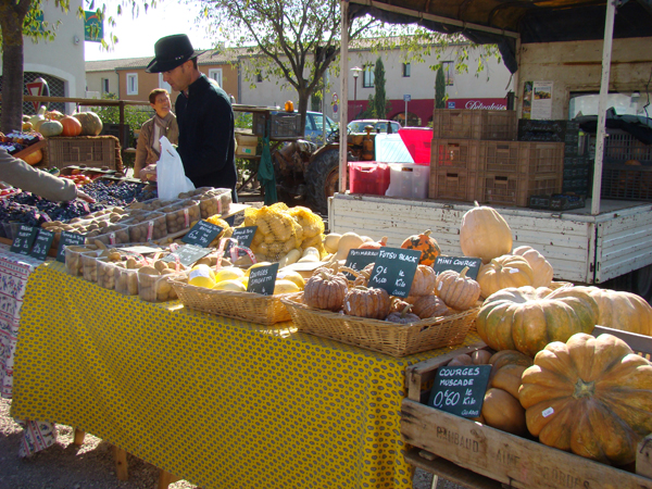 Fall market day in Provence